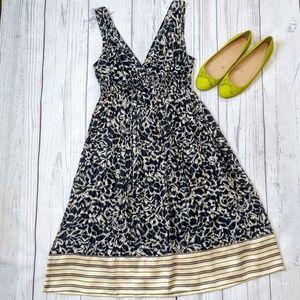 BCBGMaxazria navy blue and cream dress size XS